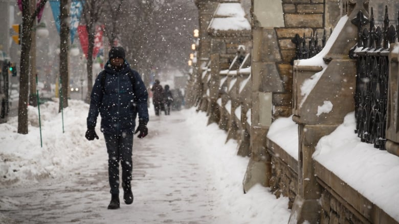 Possible record-breaking snow expected in Ottawa, surrounding region