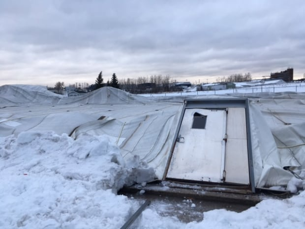 dome Weather blast leaves more than 19,000 without power Friday morning