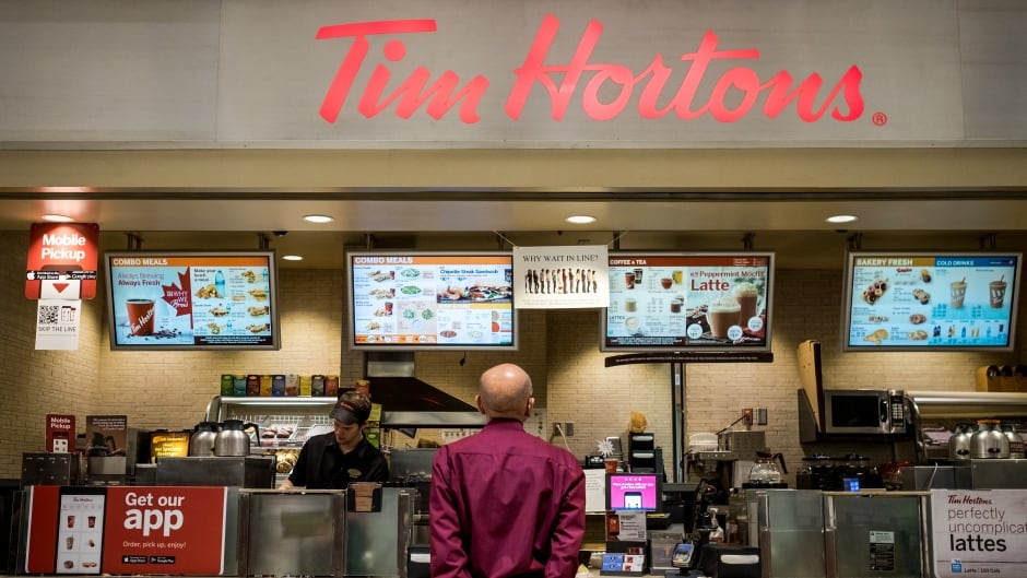 The children of the Tim Hortons coffee chain founders cut paid breaks and staff benefits for employees after a minimum wage hike in Ontario. On Jan. 1, 2018, Kathleen Wynne's Liberal government implemented new rules mandating a minimum wage of $14 an hour. That's a $2.40 raise from last year's level.