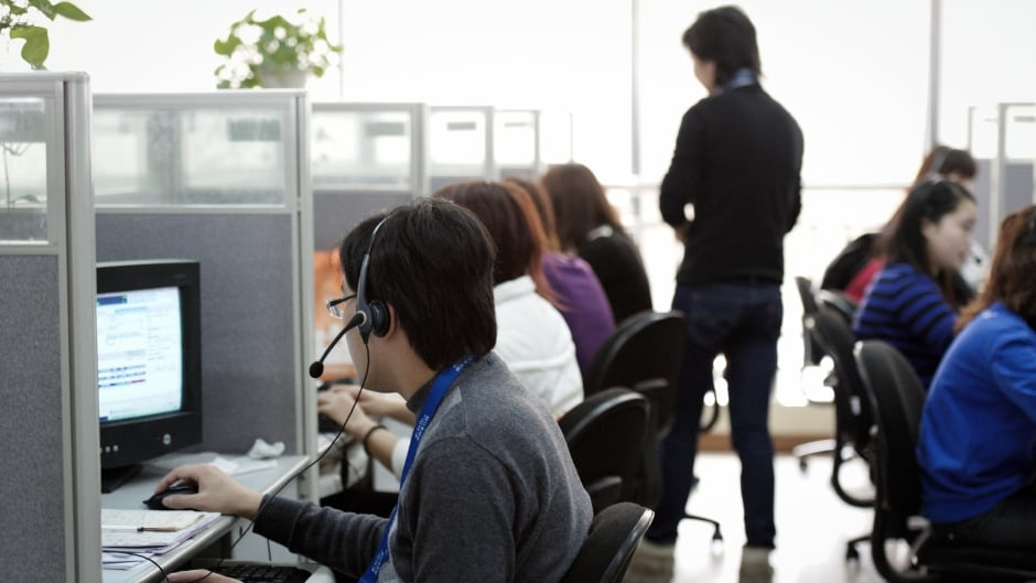 At air pollution levels well below current regulatory standards in the U.S., researchers found impacts of air pollution on call centre work productivity.
