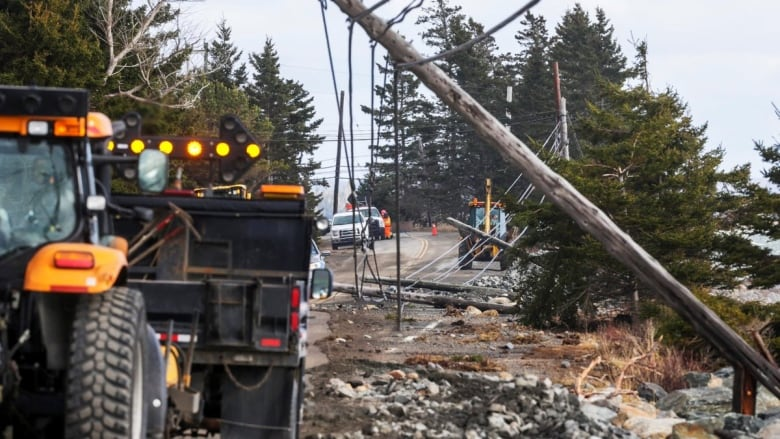 Here are some ways to keep yourself and your electronics safe as nova scotia power says theres an increased risk of electrical surges following outages caused by storms department of transportation and infrastructure solutioingenieria Images