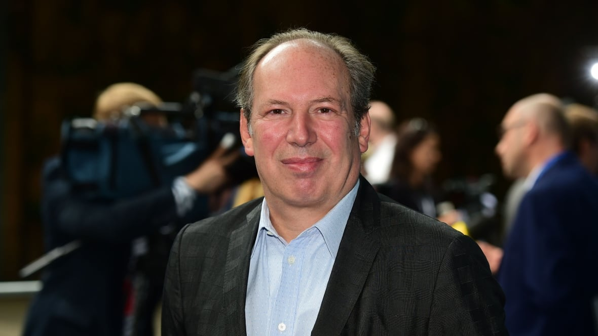 Hans zimmer on how he draws you in with music that blends for Hans zimmer house