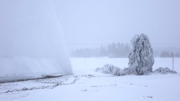 Water main break cold weather Rimouski