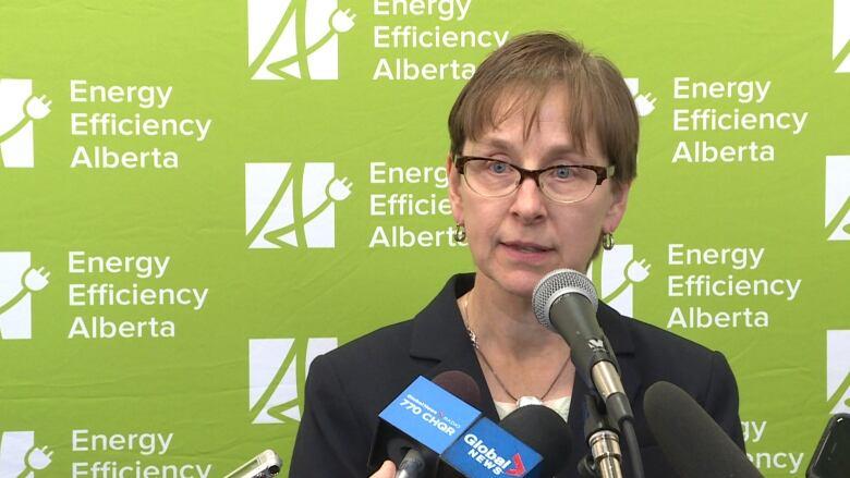 Energy Efficiency Alberta Says 50 000 Households Took