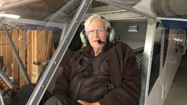 85-yr old retired surgeon builds Zenith CH 750 STOL kit