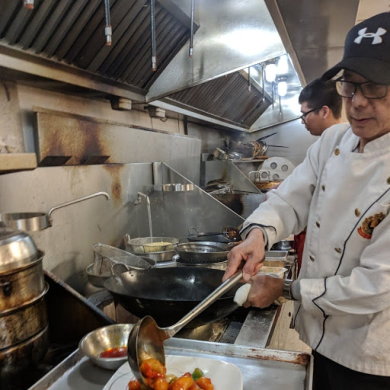 Renowned Chinese Chef Back In The Kitchen