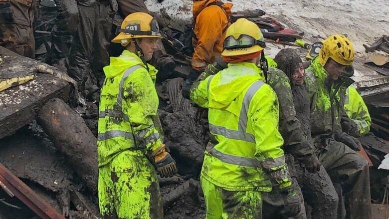 5 dead in California mudslides, as rain follows forest fires