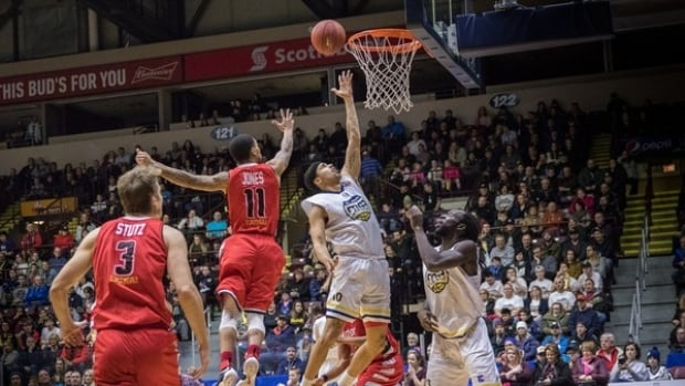 The St. John's Edge won a rematch against the Windsor Express at Mile One Centre Wednesday night.