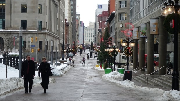 Work is underway by city staff to plan the revitalization of the Sparks Street pedestrian mall. A town hall is being held Saturday morning to solicit ideas from residents.