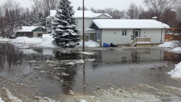 Homes in the Duberger-Les Saules neighbourhood of Quebec City are being evacuated due to flooding.