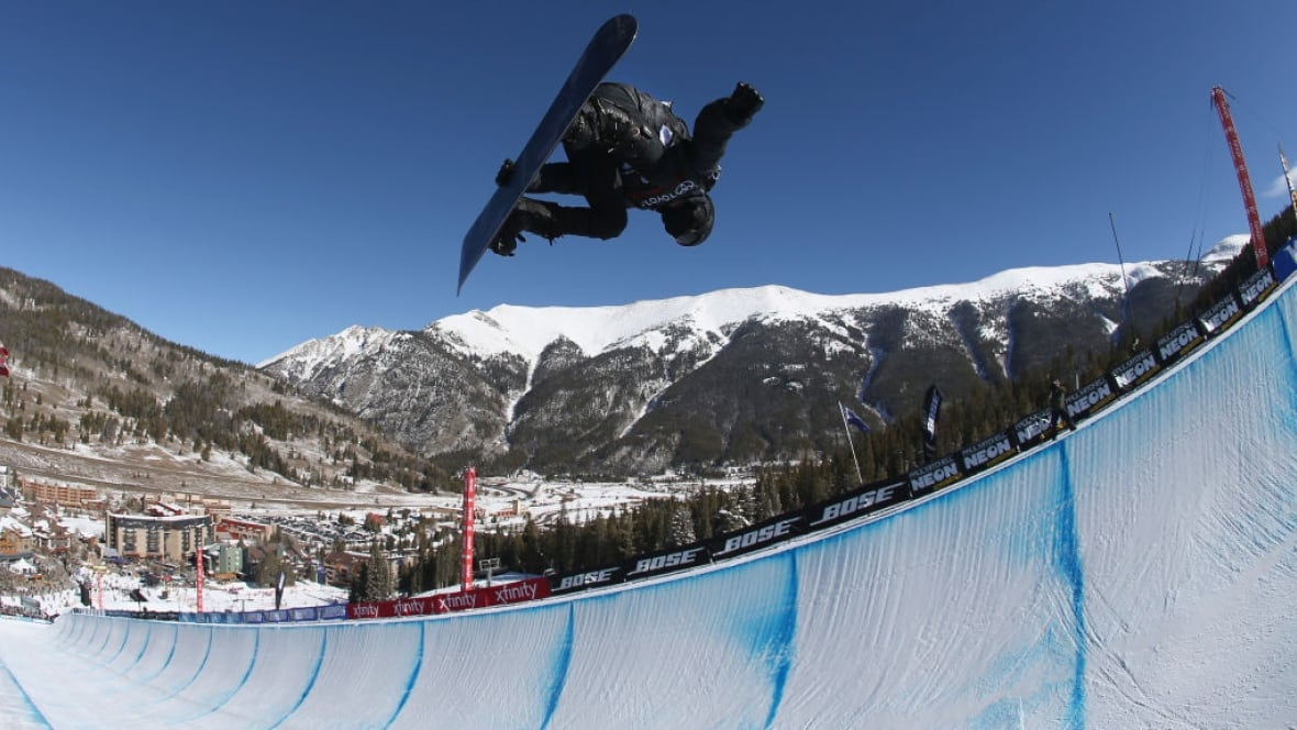 Shaun White Scores Perfect 100.00 in Snowmass, Clinches 2018 Winter Olympic Spot