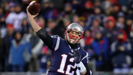 Brady leads Patriots back to AFC title game as they cruise past Titans thumbnail