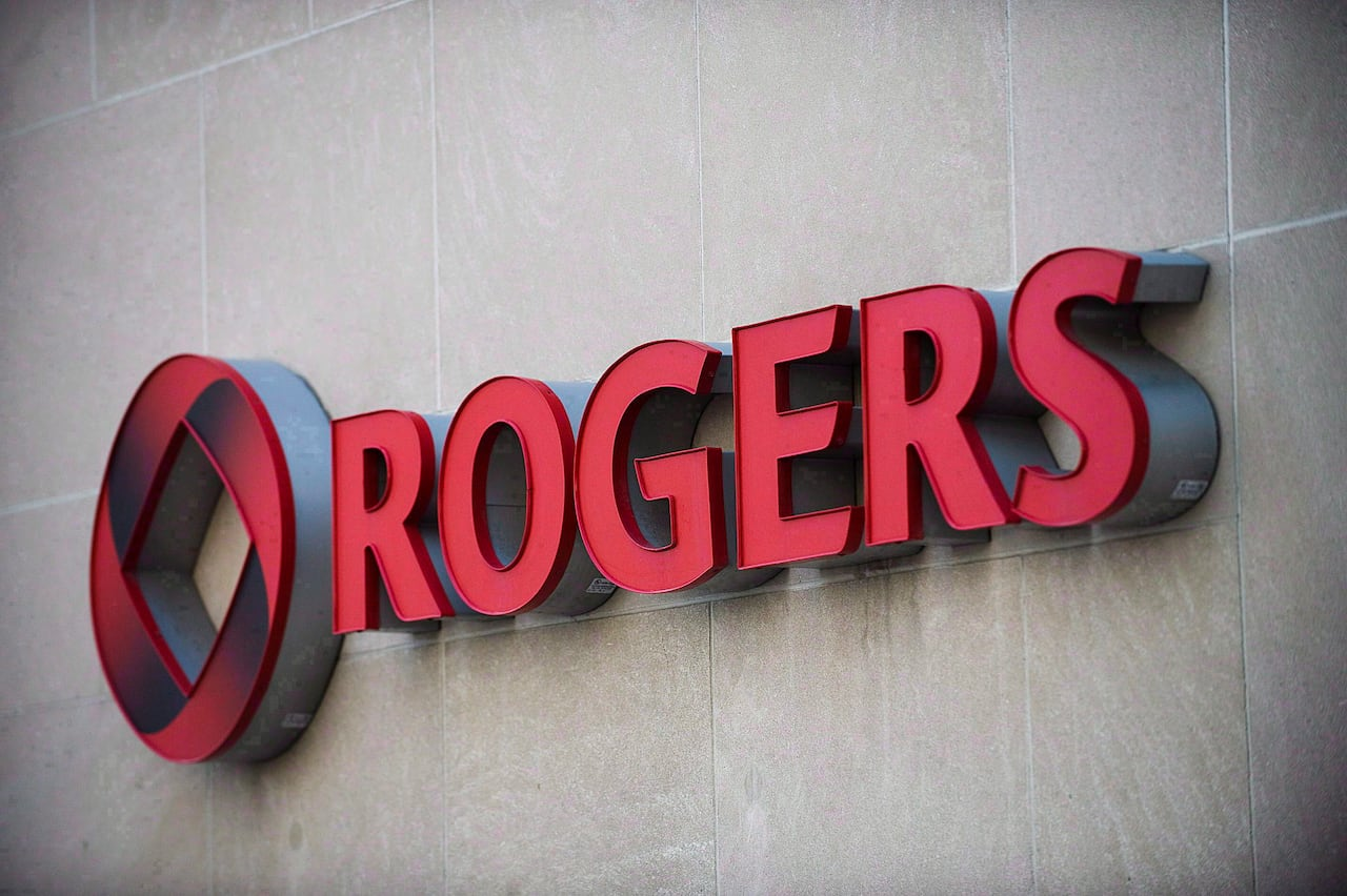Rogers employees say managers turn a blind eye so call