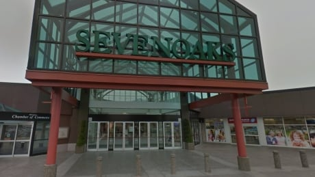 Woman allegedly stabs senior in the back at Abbotsford mall