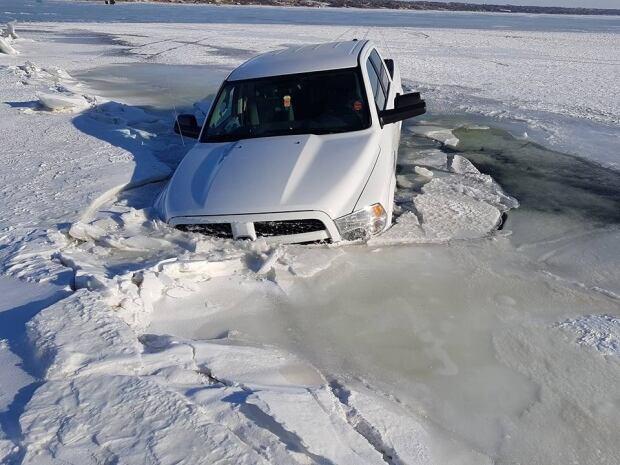 sask ice fishing accident