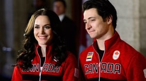 Figure skaters Tessa Virtue, Scott Moir named Canada's flag-bearers