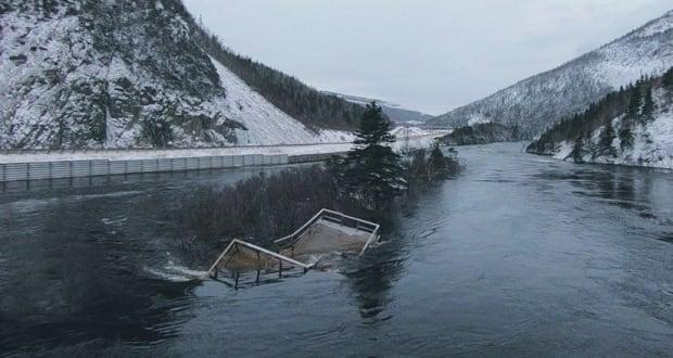 Deck humber river gull island floating