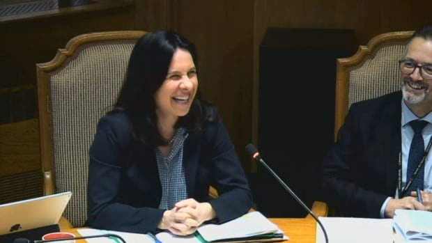 Montreal Mayor Valérie Plante was amused at Wednesday's executive committee meeting by the suggestion of using the costly Formula E concrete barriers as dikes.