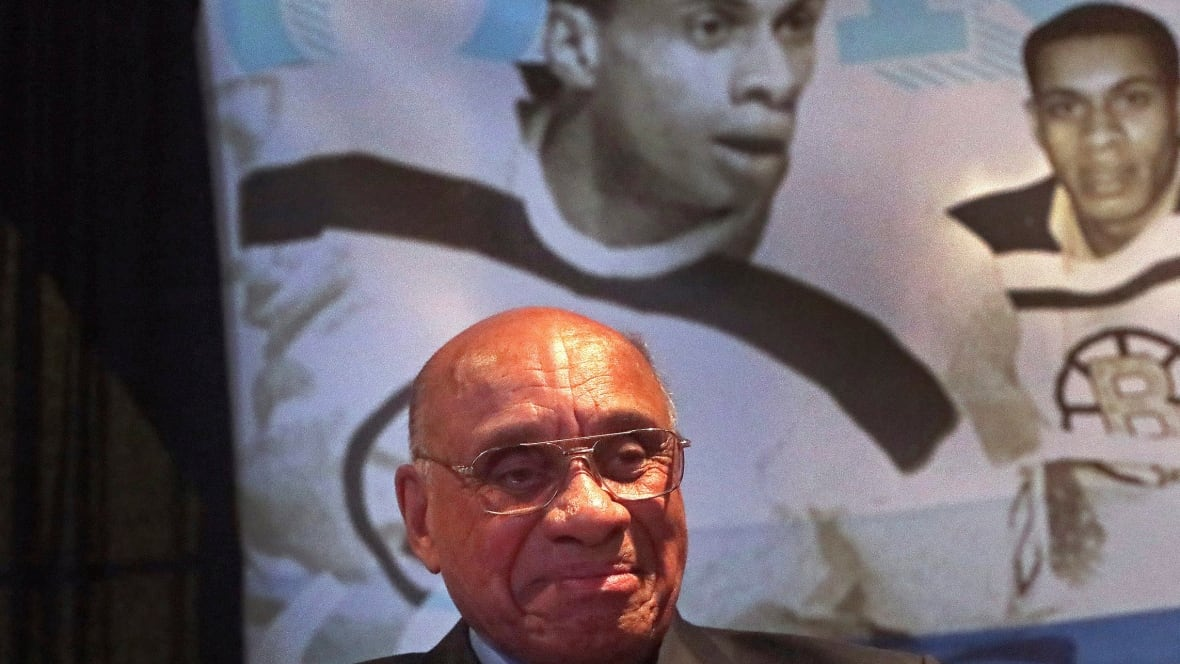 Boston honours hockey pioneer Willie O'Ree
