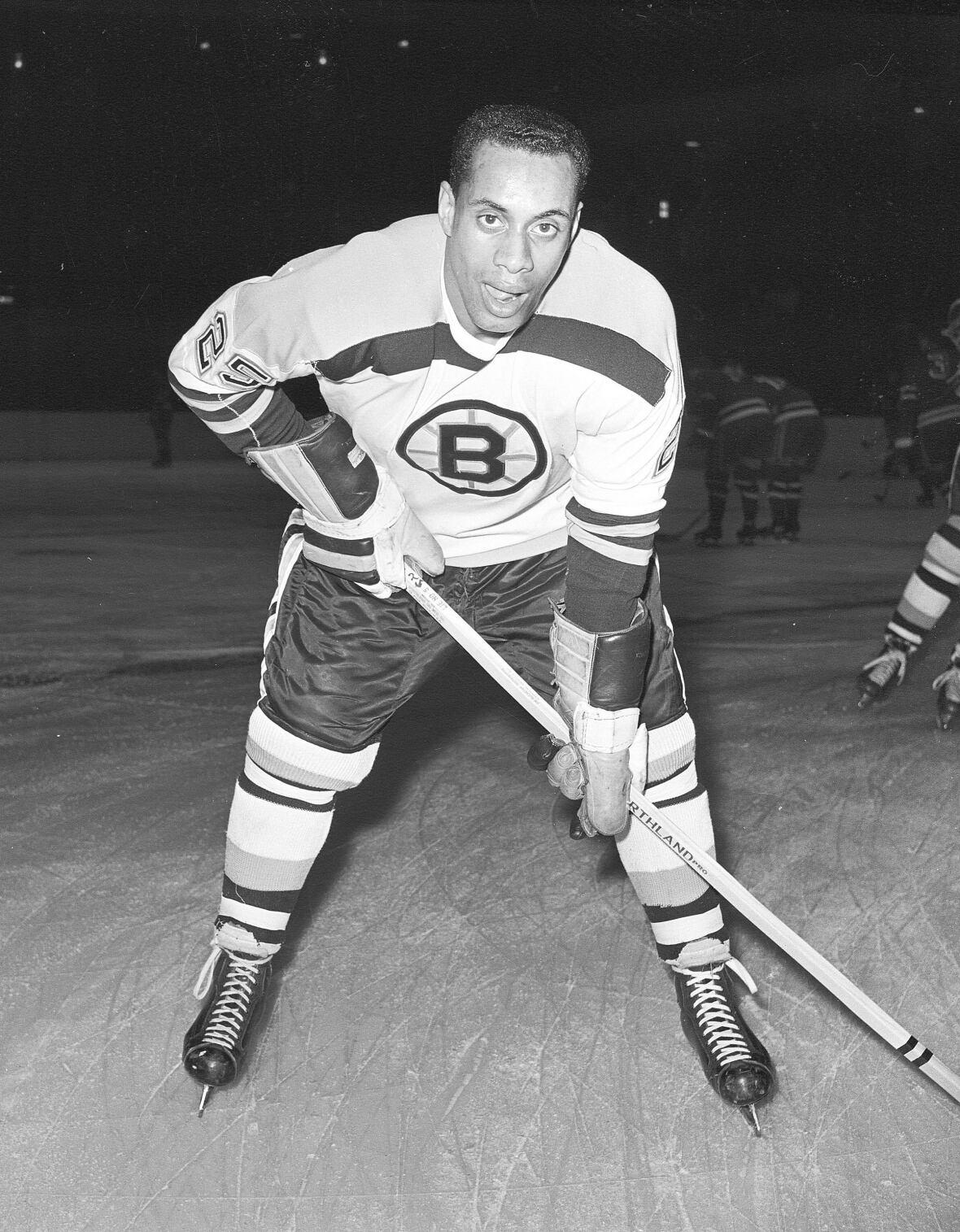Boston honours hockey pioneer Willie O'Ree