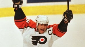 Eric Lindros to have No. 88 retired by Flyers with Maple Leafs in town