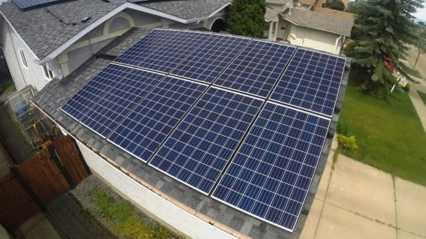 First Solar, Inc. (FSLR) Holdings Boosted by Engineers Gate Manager LP