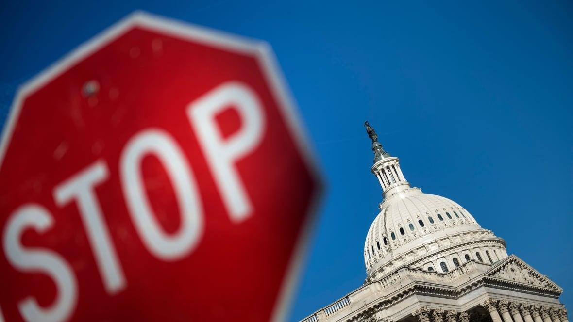 US shutdown: Senators trade blame ahead of new vote