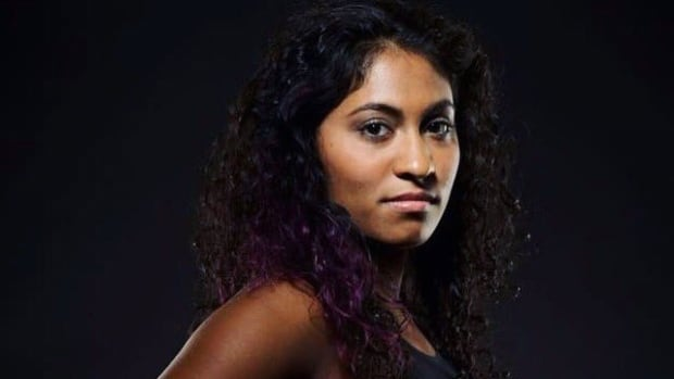 Para-swimmer Katarina Roxon says she hopes to get a medal at the Commonwealth Games in April.