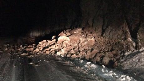 Coquihalla Highway reopens one lane northbound after rock slide