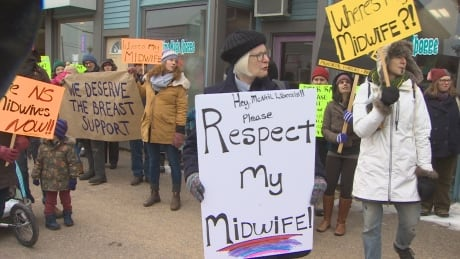 Crowd protests loss of midwives on South Shore