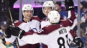 Avalanche roll over Leafs for 10th straight victory