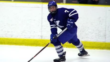 Teen phenom Matthew Savoie draws comparisons to Sidney Crosby