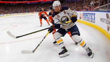 Eichel dominates showdown with McDavid as Sabres thrash Oilers