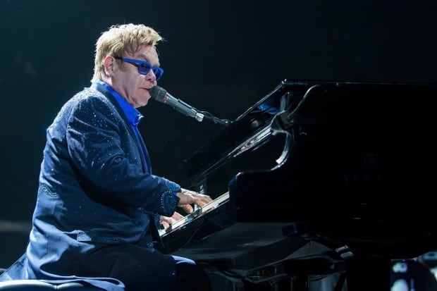 Elton John In Concert - Los Angeles