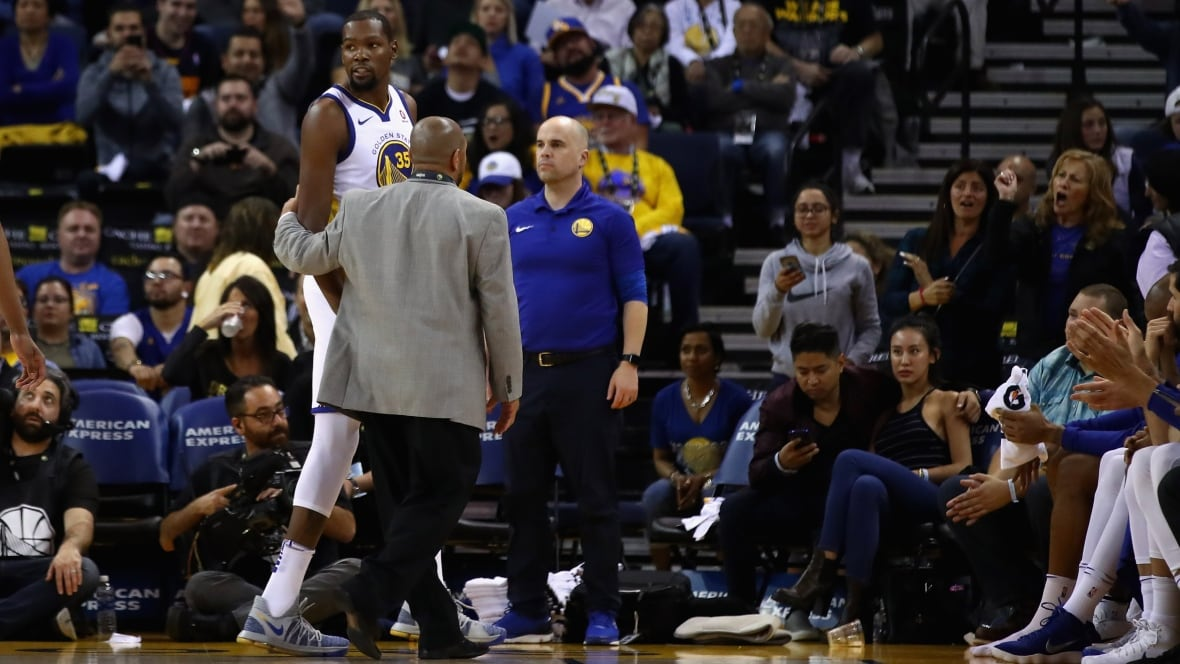 Kevin Durant says sorry for conduct towards official
