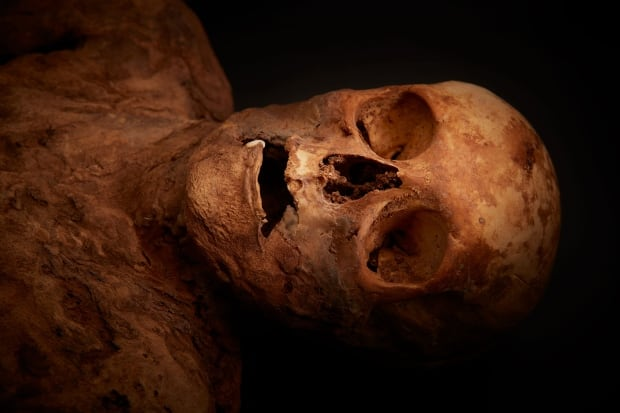Barfuesser mummy