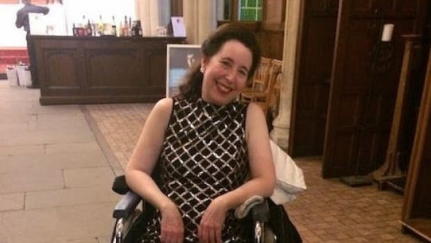 'I am not a pianist who cancels easily,' said Angela Hewitt, who performed in a wheelchair last week after falling down a set of stairs.