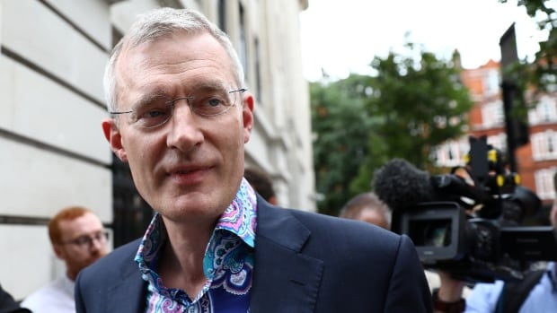 BBC removes pay cut story over accuracy concerns