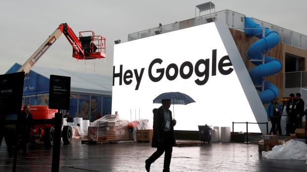 De-indexing would require search engines such as Google, Bing, or Yahoo to remove links to pages that have been deemed inaccurate or inappropriate under the definition of Canada's privacy legislation.