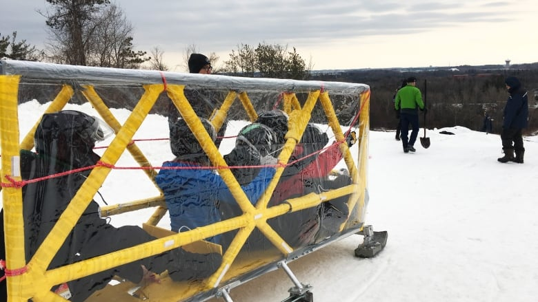 c0dae265bafc Engineering students from across Canada race downhill for annual ...