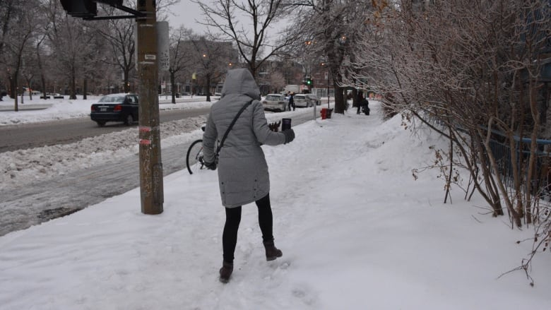 285f1ec3969 4 tips to avoid slips on icy sidewalks this winter   CBC News