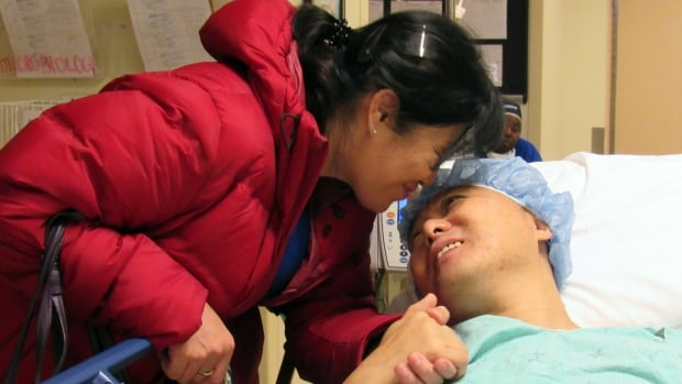 Hong Xia Le, wife of Zhao Xiao, says goodbye to him minutes before he receives his kidney transplant. He says he feels great after he received a deceased donor kidney that was kept healthy outside the body until transplant.