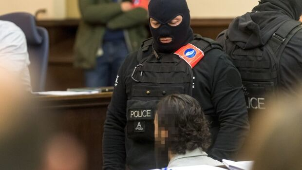 Paris attacks suspect Salah Abdeslam refuses to reappear in court