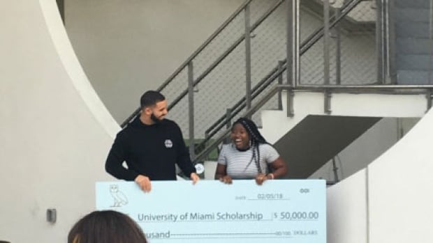 Toronto rapper Drake surprised a University of Miami student with a $50K scholarship.