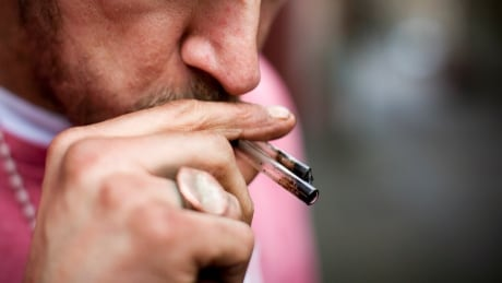 10 people die from illicit drug overdoses every day in Canada, study suggests