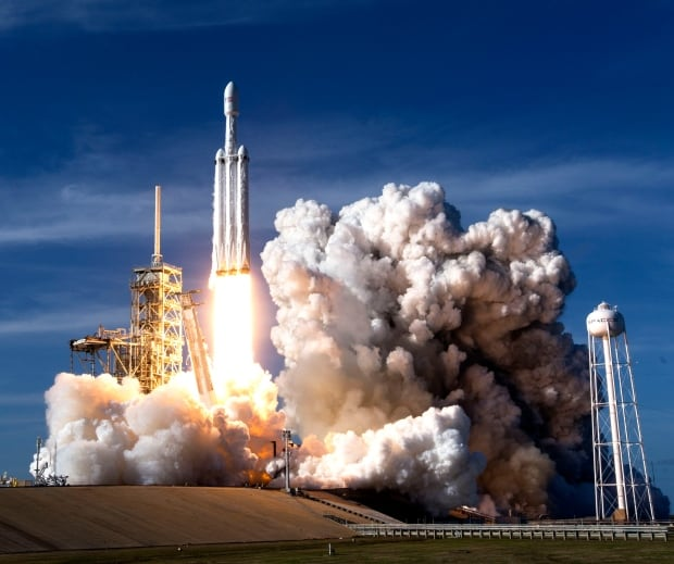 Falcon Heavy SpaceX launch