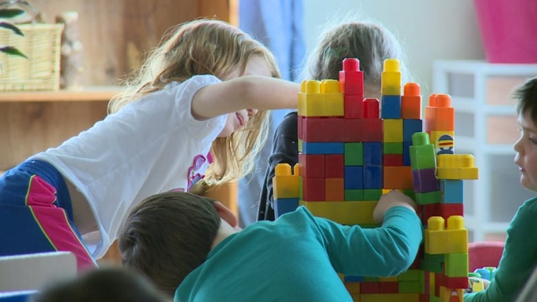 City of North Vancouver looks at offering childcare during council meetings