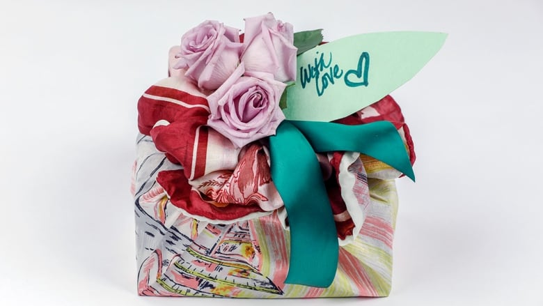 Forget The Gift Bag And Tissue Paper Heres How To Make Your Gifts