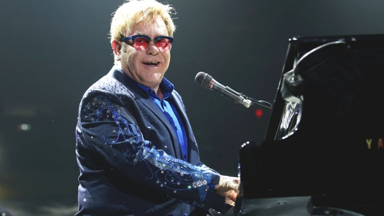 Elton John agrees to be organ donor, but will keep pianos