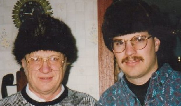 Ray and Perry Henschell